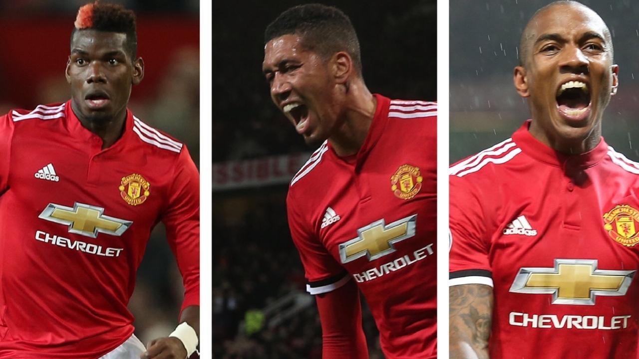 曼联公布11月最佳球员候选:博格巴、斯莫林和阿什利-扬