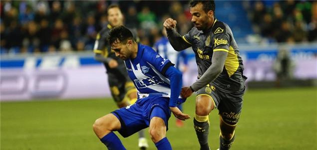 西甲:戈麦斯连场破门穆尼尔建功,阿拉维斯2-0拉斯帕尔马斯