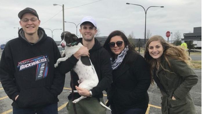 暖心!一球迷驾车210公里将宠物狗带给普利西奇