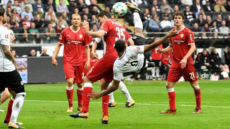 2017年德甲最佳进球:法兰克福前锋阿莱倒钩绝杀