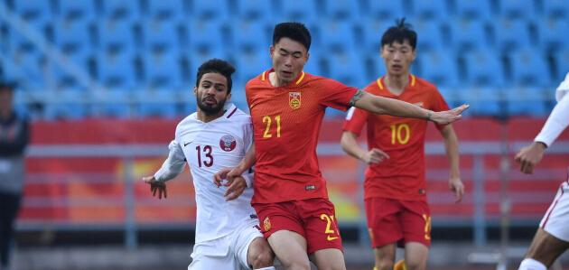 半场:姚均晟破门何超染红,国奥1-1卡塔尔U23