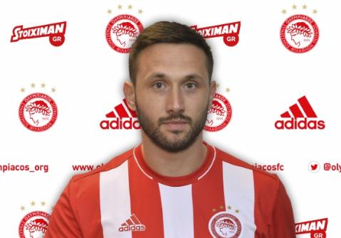奥林匹亚科斯中卫武科维奇将租借加盟维罗纳