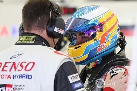 扎克-布朗:首先,阿隆索仍是一名F1车手