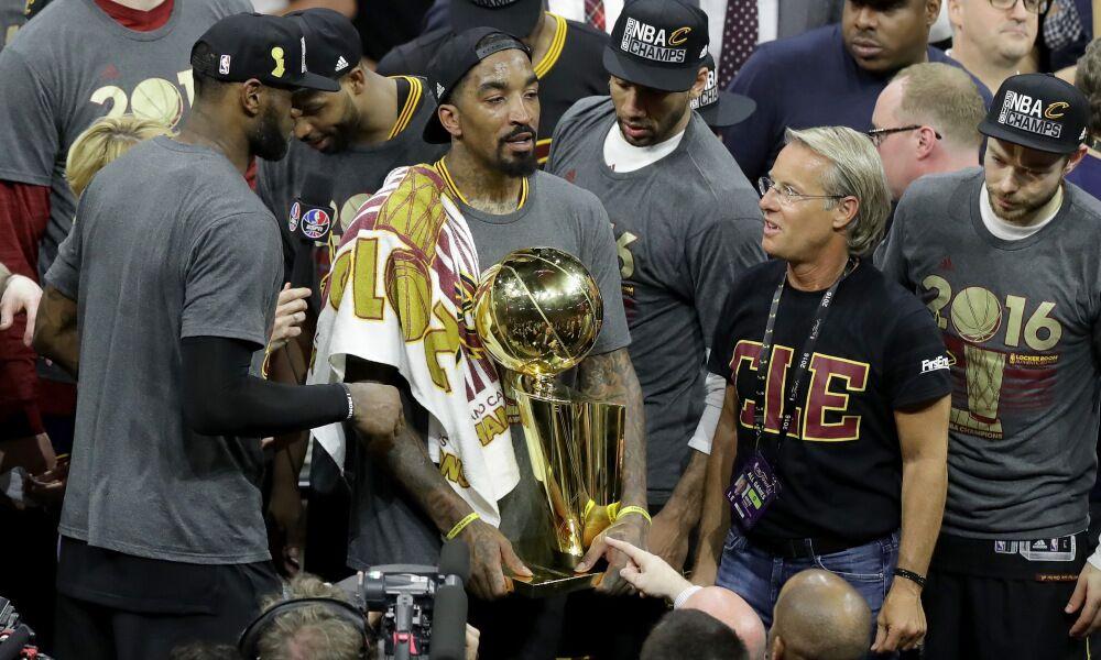 卢谈坚持使用JR首发:没他就没有16年的总冠军