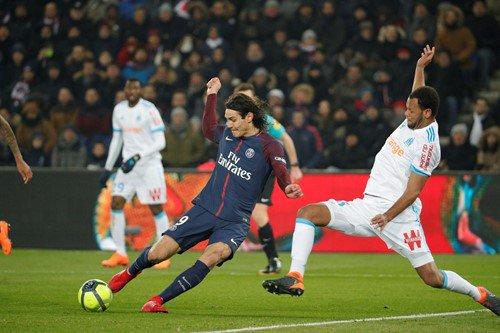 GIF:卡瓦尼破门,巴黎圣日耳曼3-0马赛