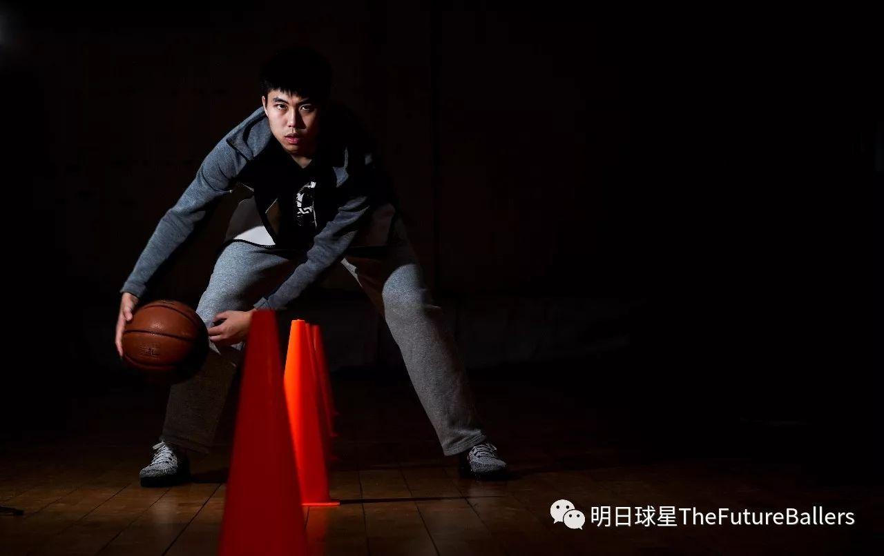 王嘉维 丨八强赛最高效的球员却被教练骂最多