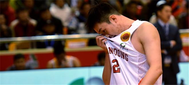 凯萨尔:众球员受伤病困扰,小丁有时疼的睡不着