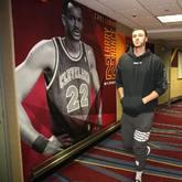 NBA官方晒小南斯与老南斯对比照