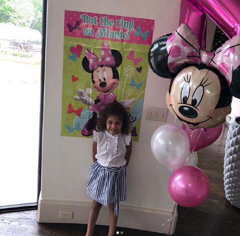 乔治社交媒体晒图祝自己女儿4岁生日快乐