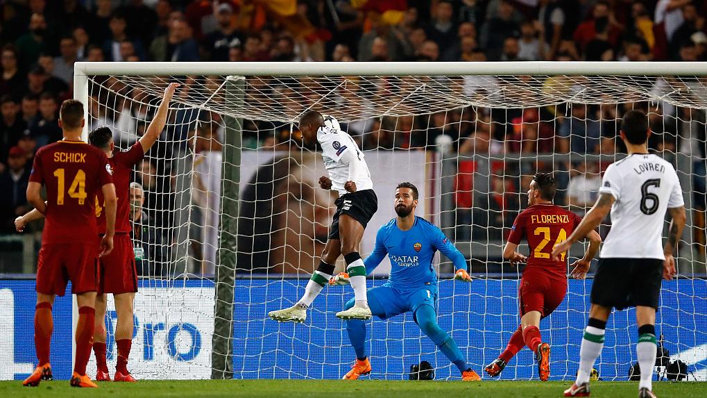 GIF:罗马解围不利,维纳尔杜姆头球破门
