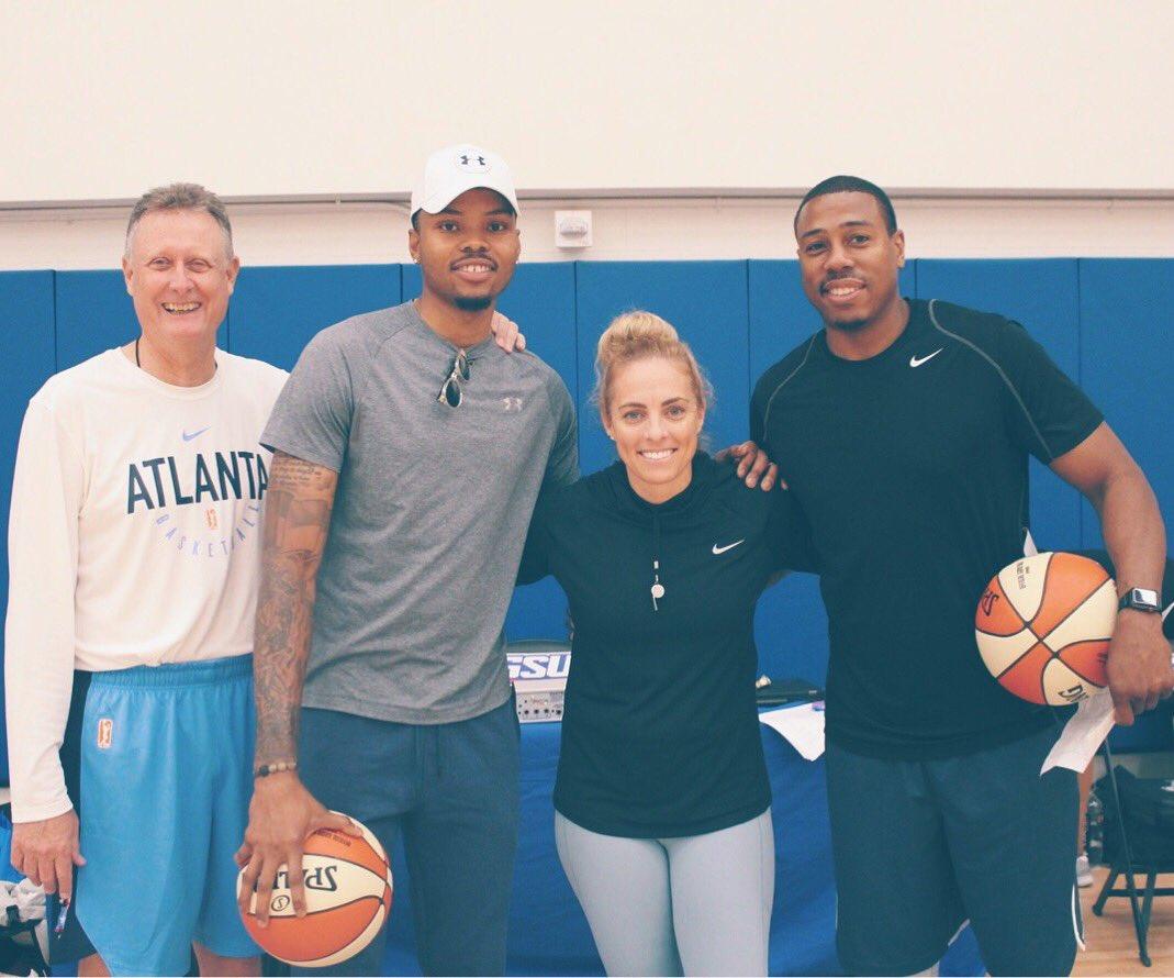 贝兹莫尔今天到访了WNBA亚特兰大梦想队