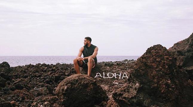 唐斯发布自己在夏威夷的度假照