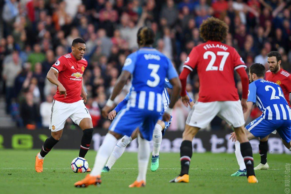 GIF:费莱尼越位在先,进球被判无效