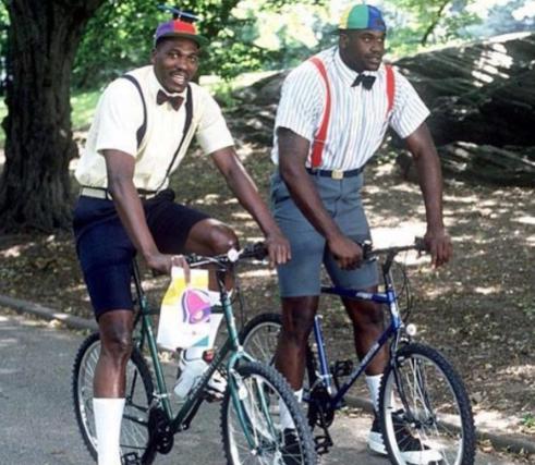 媒体晒出奥拉朱旺和奥尼尔1995年合照