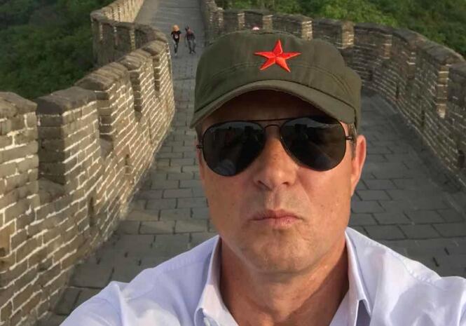 多图流:天安门故宫和长城,头戴红星绿军帽的斯帅来了