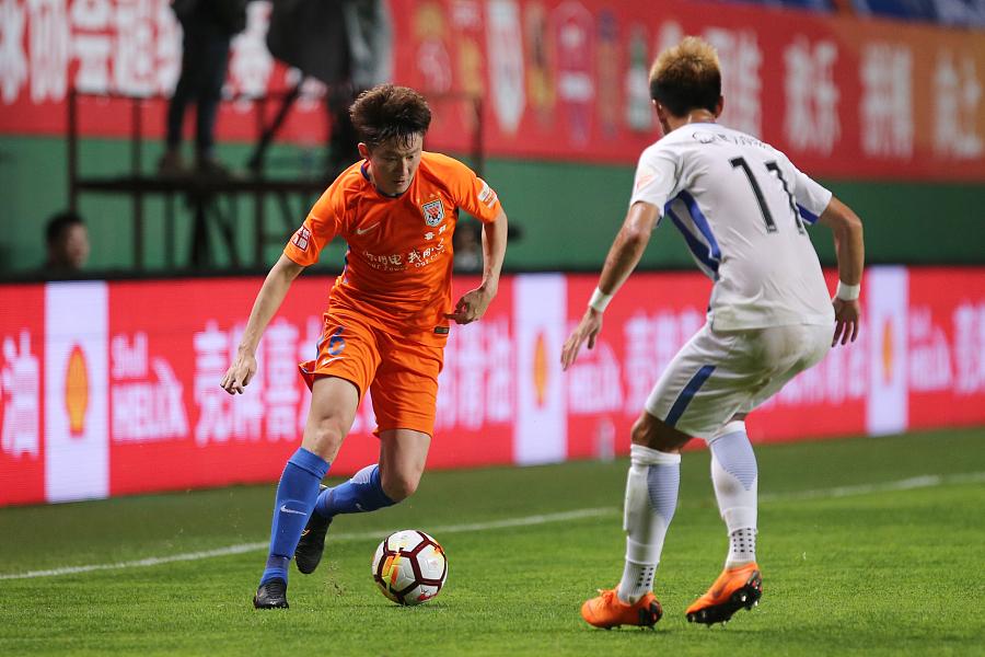 齐鲁网:王彤已开始康复训练,对阵泰达能否登场仍存疑