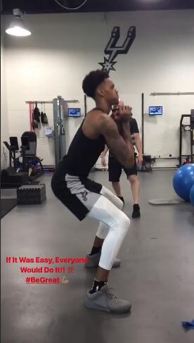 德章泰-默里在社交媒体发布自己训练的视频