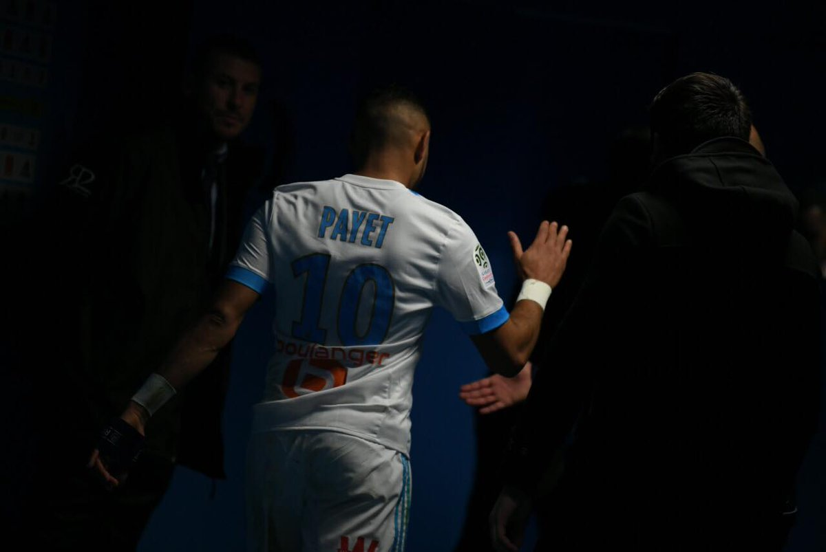 GIF:帕耶特受伤,被洛佩斯替换下场