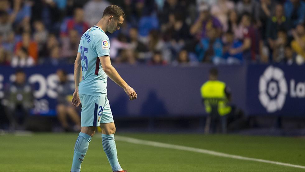马丁内斯:维尔马伦尚未康复,但相信他可以赶上世界杯