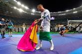拉莫斯披区旗被误认为尼日利亚爱国者,实为旗帜样式相像