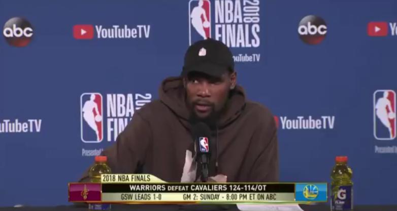 杜兰特:我认为JR最后时刻是在找詹姆斯