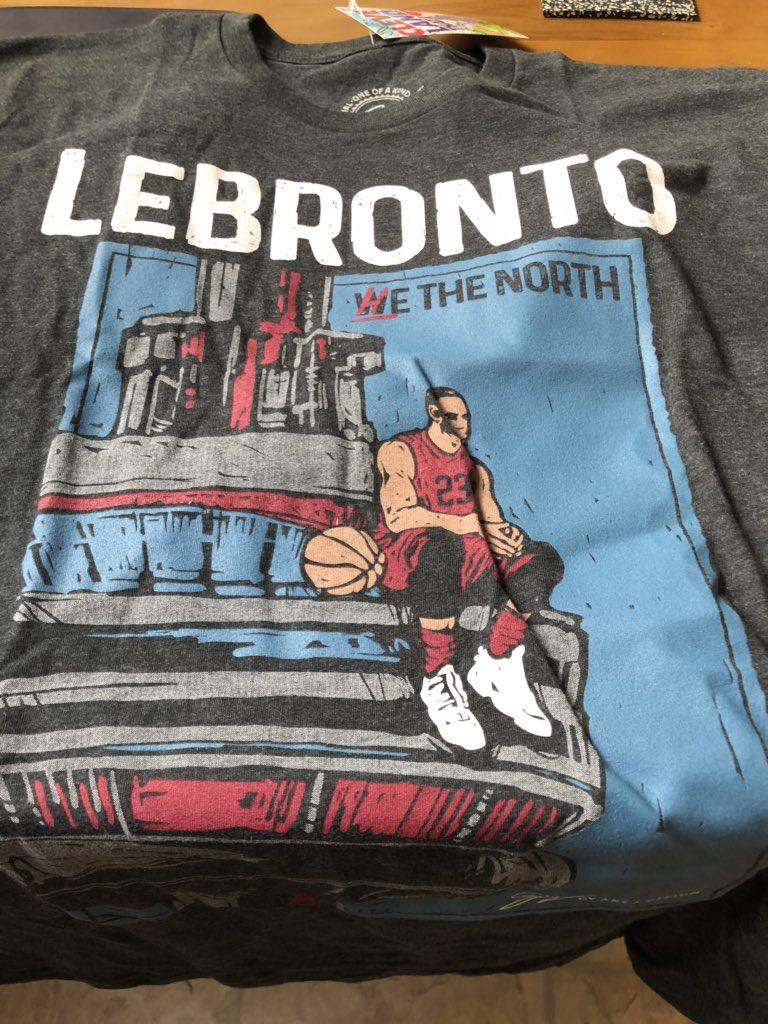"""猛龙记者收到印有""""勒布伦多""""的T恤:最糟糕的礼物"""