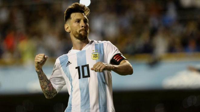 梅西国家队进球数仅落后贝利列南美球员第二