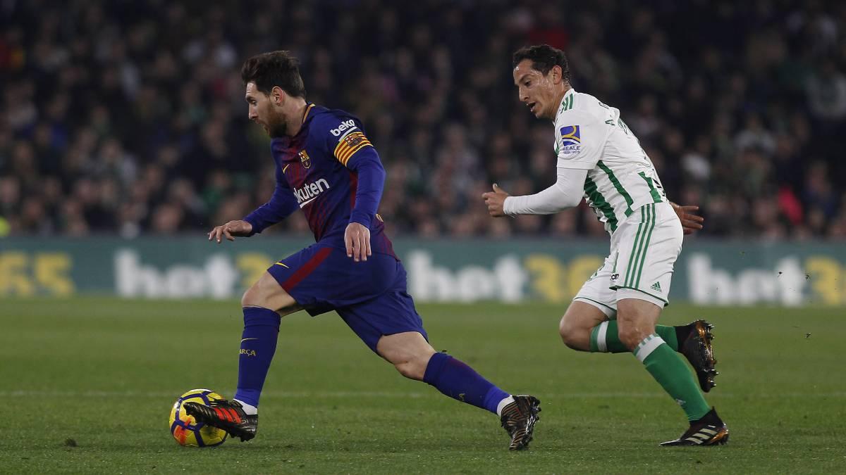 墨西哥队长:跟梅西拍了20张照,没有一张球在我脚下