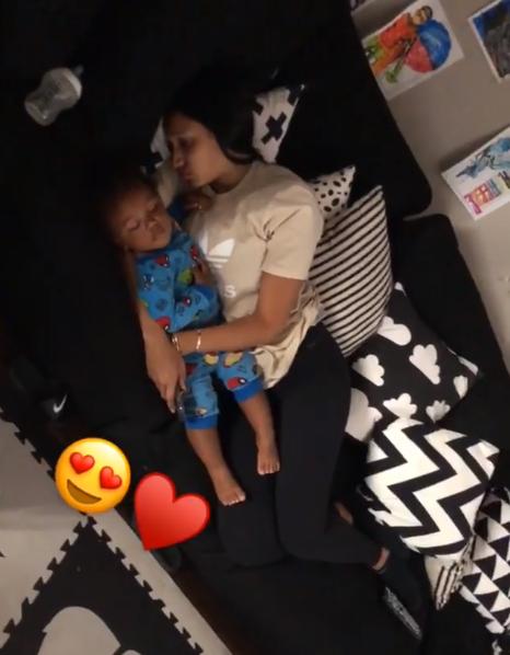 幸福!波普晒出妻子与儿子熟睡中的视频