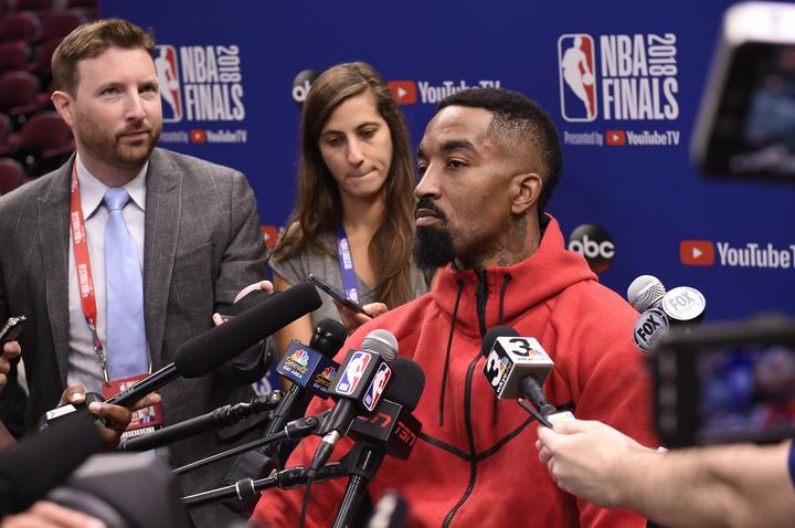 JR-史密斯:无论如何勒布朗都会遭受批评