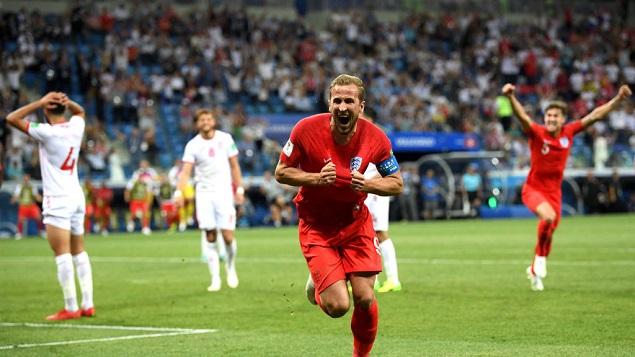 凯恩梅开二度+补时绝杀,英格兰2-1险胜突尼斯