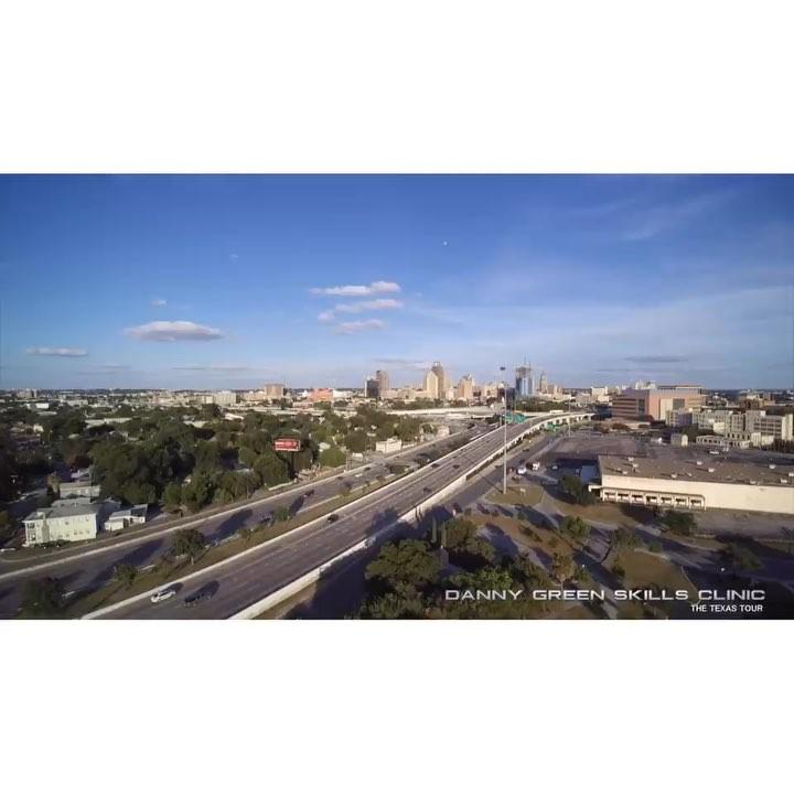 丹尼-格林宣布 小我记载片:周游德克萨斯之圣安东尼奥