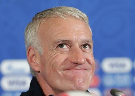 连续三届大赛进八强!德尚六年调教终让法国重回世界顶级