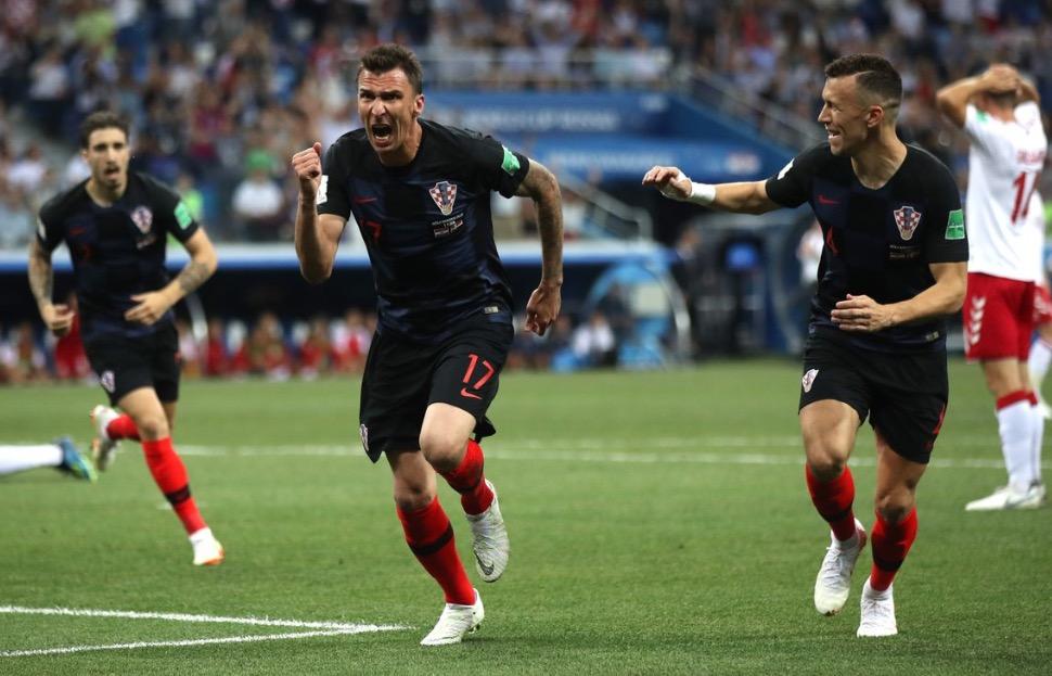 快枪手!世界杯历史第二次两队在4分钟里战成1-1