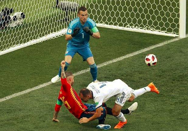 倒霉,俄罗斯成世界杯史上第二支单届两进乌龙的球队
