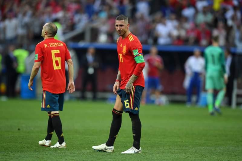 费迪南德:传控曾取得成功,但西班牙必须把球传到射手脚下