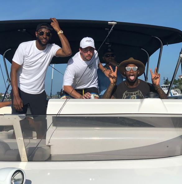 伊恩-克拉克发布自己的度假照:永不停止
