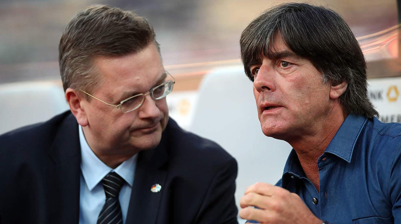 官方:勒夫将继续担任德国国家队主教练