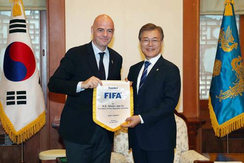 因凡蒂诺:中日朝韩合办世界杯存障碍,需听取他国意见