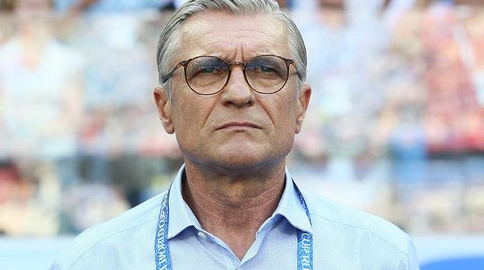 波兰足协确认:主帅纳瓦尔卡即将离队