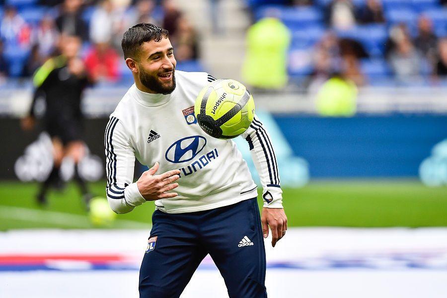 里昂主帅:费基尔面临两个选择,留在里昂或者加盟大俱乐部