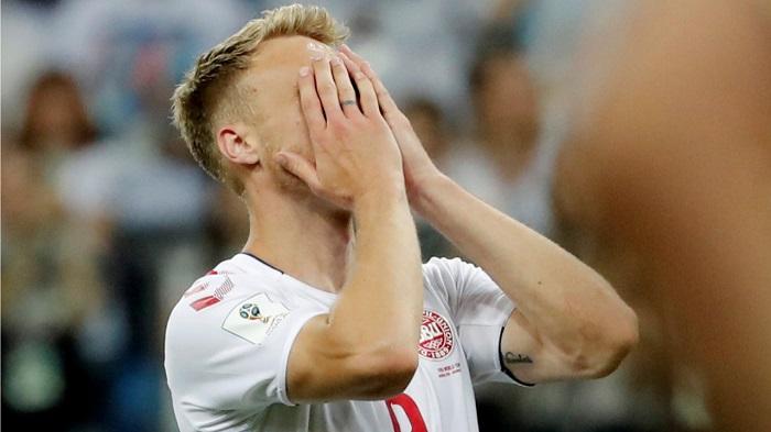 丹麦前锋约根森罚丢点球,遭到死亡威胁