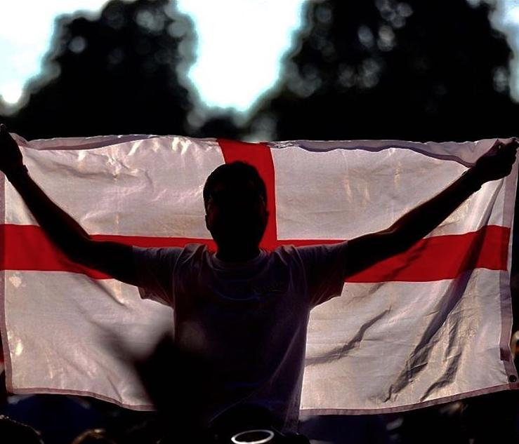 小贝:英格兰未来值得期待,为你们感到骄傲