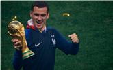 格列兹曼:夺得冠军难以置信,将同法国人民一同庆祝胜利