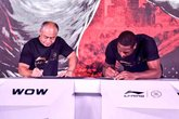 德维恩-韦德与中国品牌李宁达成一份终身合同