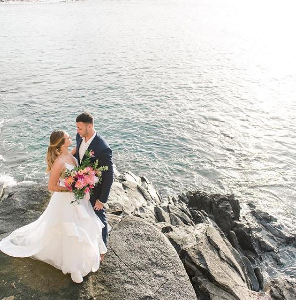 与老婆的海边婚纱照出浪漫!小南斯晒