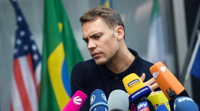 诺伊尔:接受厄齐尔的决定,德国足协需要改变