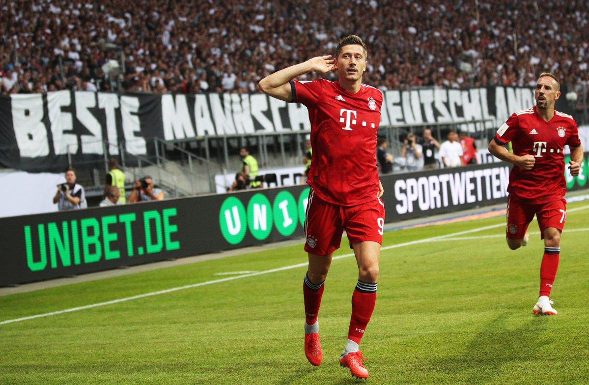 GIF:莱万帽子戏法,拜仁获得巨大优势