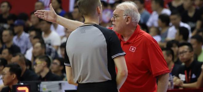 突尼斯主帅:篮板方面表现不好, 周琦和王哲林有领袖气质