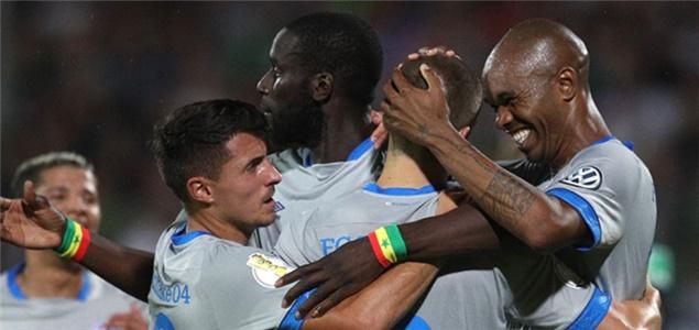 德国杯:本塔莱布点射对手乌龙,沙尔克2-0加费莱晋级